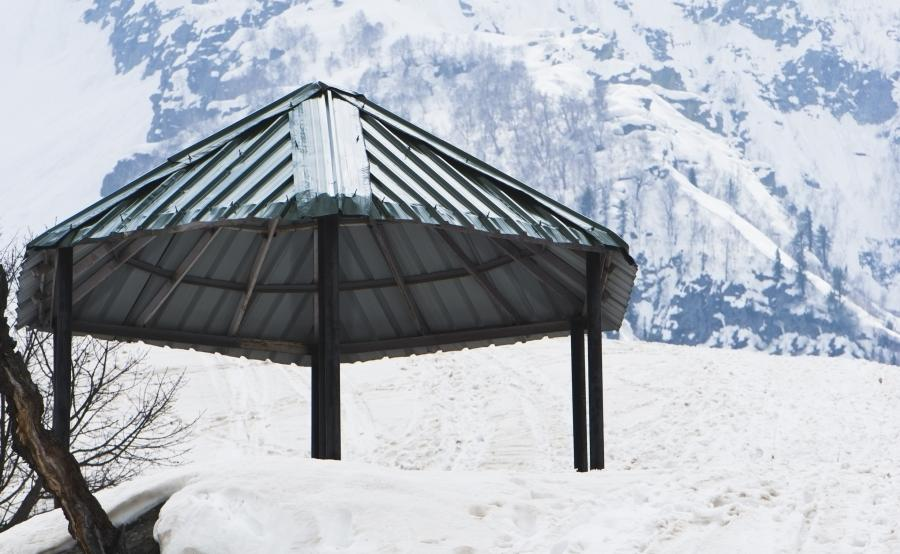 How to Winterize a Gazebo 2