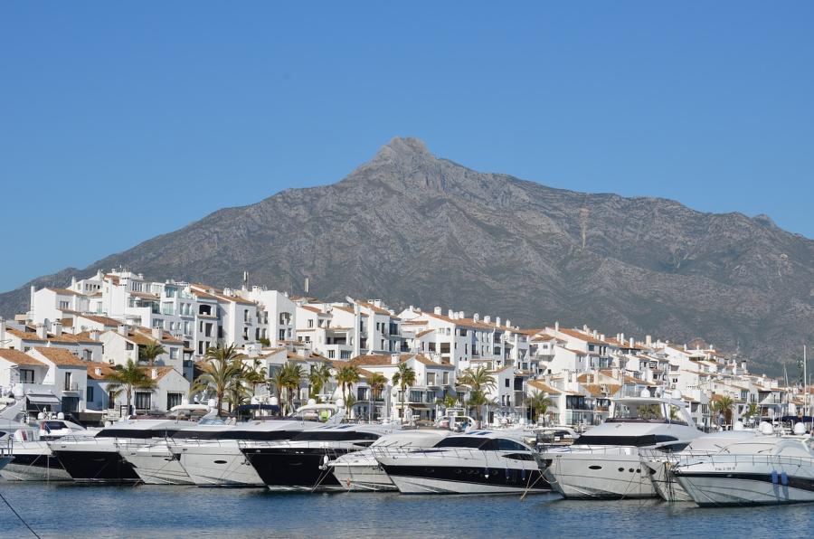 Spend your winter in Marbella, Spain: Is Marbella a good snowbird location? 1