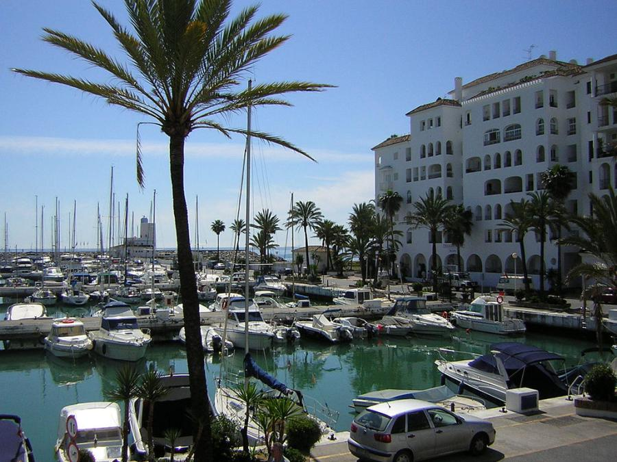 Spend your winter in Puerto de la Duequesa, Spain: Is Puerto de la Duequesaa good snowbird location? 15