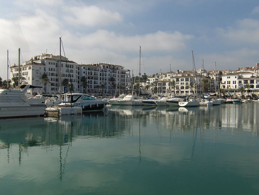Spend your winter in Puerto de la Duequesa, Spain: Is Puerto de la Duequesaa good snowbird location? 1