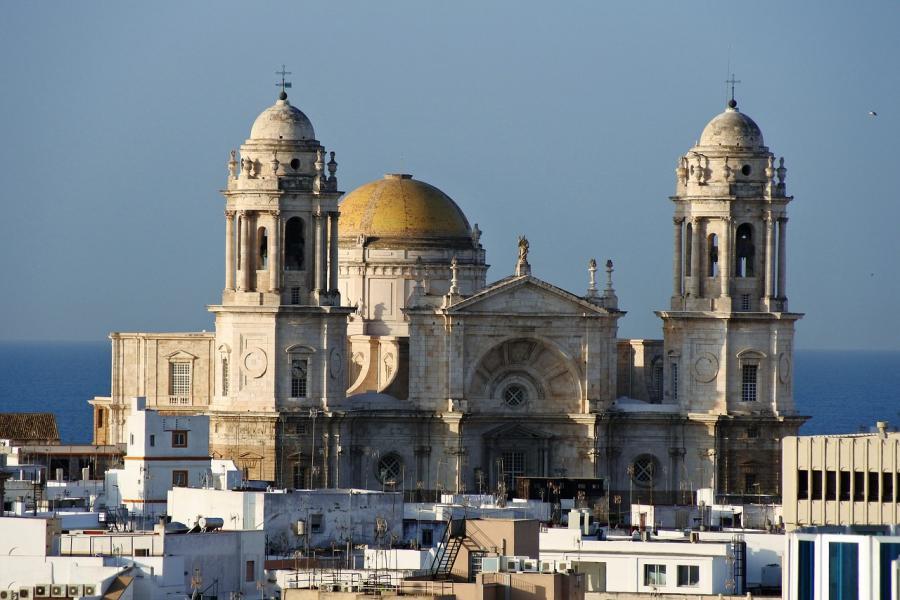 Spend your fall, winter, or spring in Cádiz Spain - Is Cádiz a good snowbird location 1