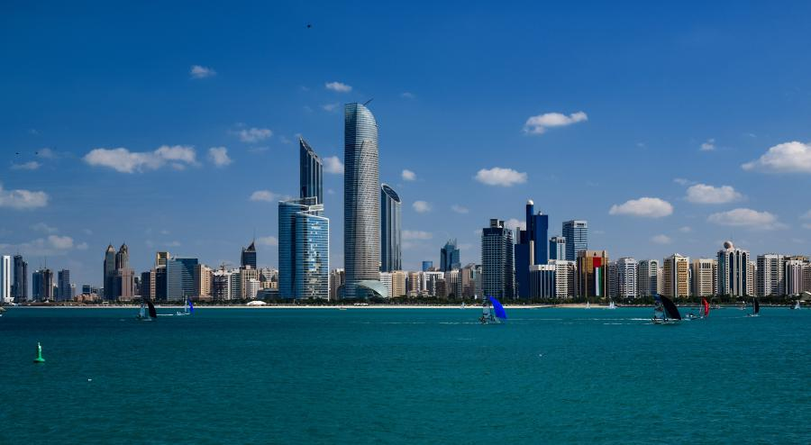 Spend your winter in Abu Dhabi - Is Abu Dhabi a good snowbird location 1