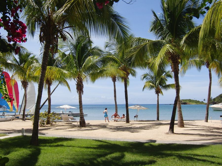 Spend your winter in Antigua and Barbuda - Is Antigua and Barbuda a good snowbird location 1
