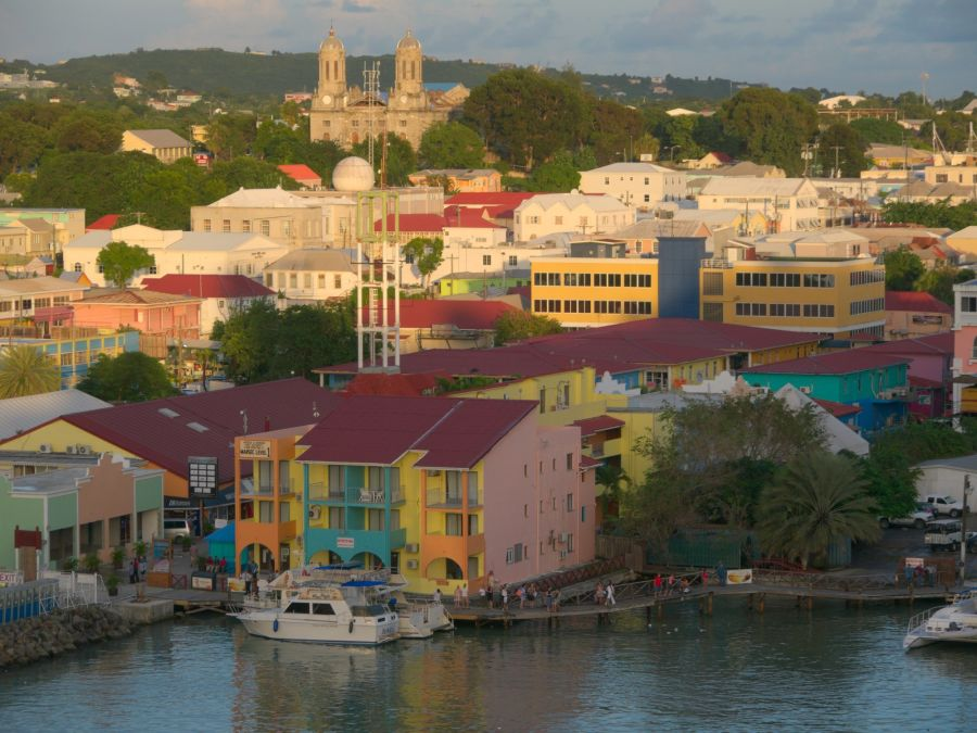 Spend your winter in Antigua and Barbuda - Is Antigua and Barbuda a good snowbird location 12