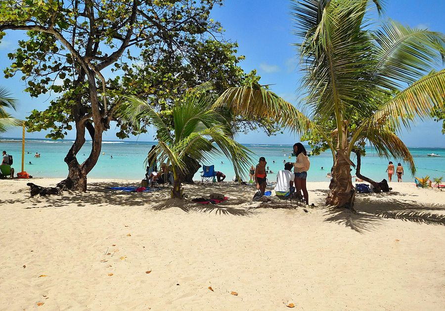 Spend your winter in Guadeloupe - Is Guadeloupe a good snowbird location 1