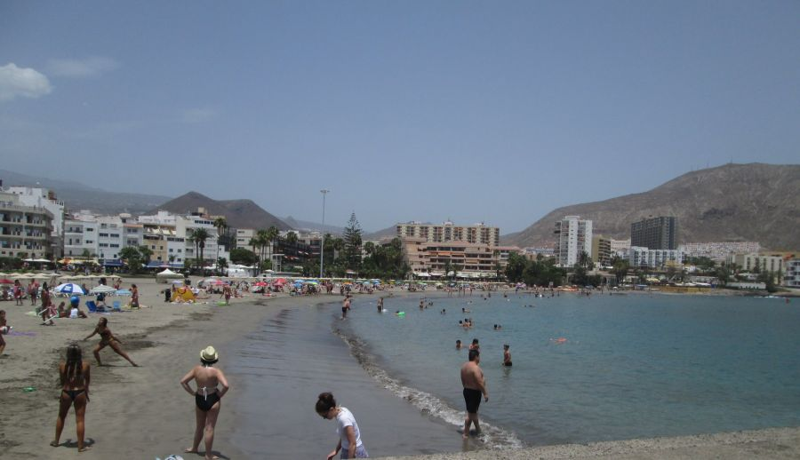 Spend your winter in Playa de las Americas - Tenerife - Is Playa de las Americas a good snowbird location 1
