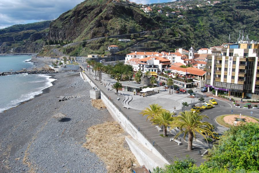 Spend-your-winter-in-Ribeira-Brava-Portugal-Is-Ribeira-Brava-a-good-snowbird-location-1