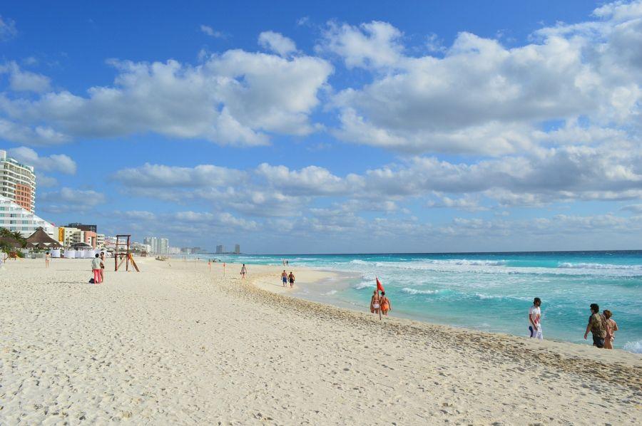 Spend your winter in Roquetas de Mar - Spain - Is Roquetas de Mar a good snowbird location 1