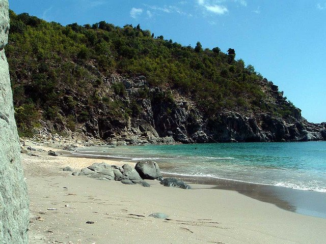Spend your winter in St. Barts - Is St. Barts a good snowbird location 11