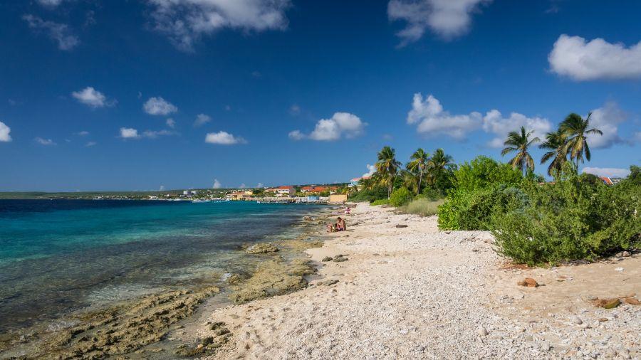 Spend your winter in St. Eustatius - Is St. Eustatius a good snowbird location 1