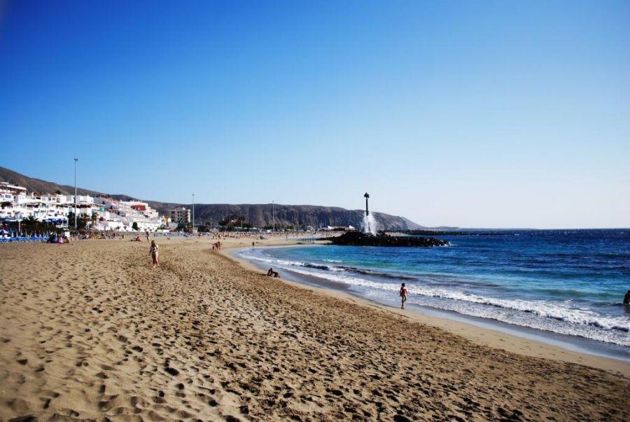 Spend your winter in los cristianos - Tenerife - Is los cristianos a good snowbird location 1