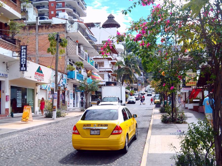 Spend your winter in puerto vallarta - Mexico - Is puerto vallarta a good snowbird location 10