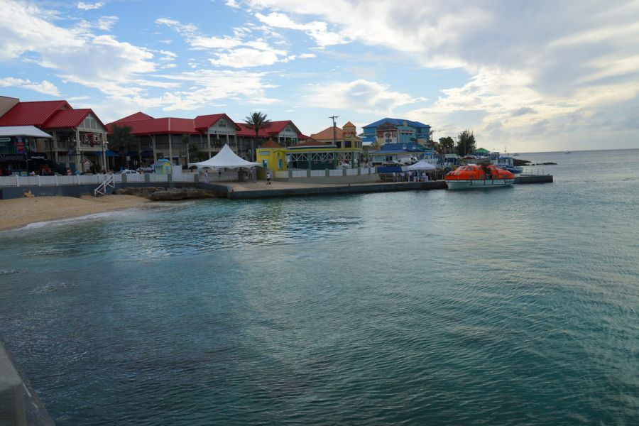 Spend your winter in the Cayman Islands - Is the Cayman Islands a good snowbird location 10